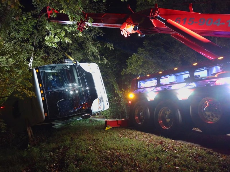 Bus wrecks on Parchorn Hollow