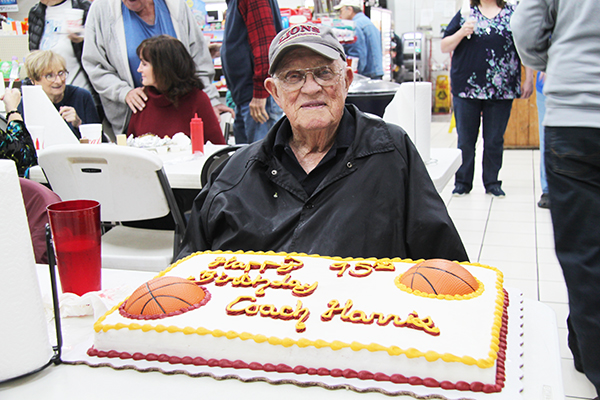Legendary Cannon County coach hits 95